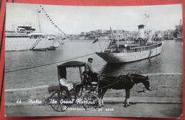 "Malta - The Grand Harbour / Karrozzin-man At Rest. / Schiff ""Star Of Malta"" - Malta"