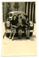 3 Women Sitting On The Car Bumbper Zagreb 1942 Old Photo B200225 - Croatia