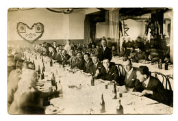 Slava Zavoda Za Izradu Vojne Odeče U Beogradu 1933 Old Photo B200225 - Serbie
