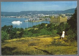 PC  AUNE F-7698-6- Norway,Oslo  View Of The Town And The Harbour + Ferry . Unused - Norvège