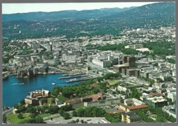 PC  AUNE F-7042-4- Norway,Oslo , Part Of The Town Seen From A Plane. Unused - Norvège