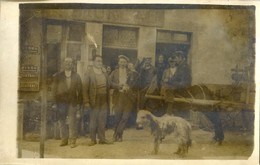 Carte Photo à ,localiser Dans Le Gard? - Attelage Avec Une Mule Et Son Cavalier Devant Le Cafe **ureau ? - Equipos