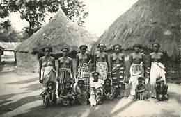 Ref Y612-femmes-nu-nude -nudes -ethnologie - Afrique - Vie De Village Africain - - Afrique Du Sud, Est, Ouest