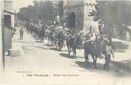Cpa 13 – Graveson – Fête Provençale – Défilé Des Chevaux ( Saint-Eloi ) - Other Municipalities