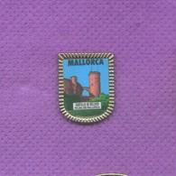 Rare Pins Mallorca Espagne L547 - Ciudades