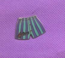 Rare Pins Calecon Arthur Egf Demons Et Merveilles L576 - Otros