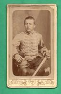 Photographie XIXeme  Militaire Chasseur à Cheval Photo Michelsen (vesoul , Belfort) Format CDV ( Format 6,3cm X 10,3cm ) - Krieg, Militär