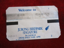 Ticket D'entrée/ Parc Animalier/ Jurong Birdpark SINGAPORE/ The Colourful World Of Birds /1988        CK142 - Tickets - Vouchers