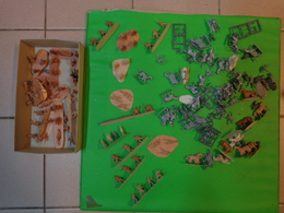 Figurines EN VRAC + Boite Vide ZVEZDA  MONGOLS GOLDEN HORDE REF 8076 - Figurines
