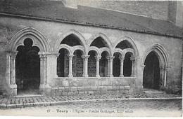 ! - France - Toury - L'Eglise - Porche Gothique, XIIIè Siècle - 2 Scans - Autres Communes