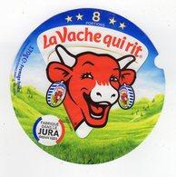 Fev20     8 AA  104    étiquette  VACHE QUI RIT   170 GR  à Gauche   8  Portions - Käse