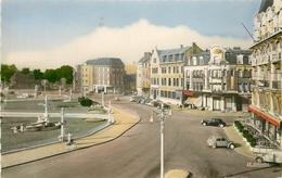 Photo Cpsm 62 ARRAS. Voitures Anciennes Place De La Gare - Arras