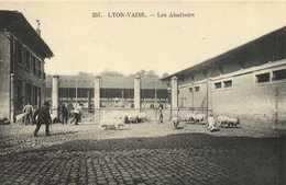 LYON VAISE Les Abattoirs Cochons RV - Lyon