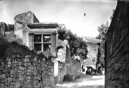 13 - Env. D'Avignon - Les Baux - Vestiges Romains - Les-Baux-de-Provence