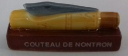 COUTEAU DE NONTRON - Fèves