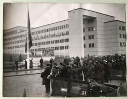 Grande Photographie Réception ONU Anciens Combattants Guerre De Corée Quartier Général Temporaire De L'OTAN à Paris - Dokumente