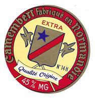 ETIQUETTE De FROMAGE..CAMEMBERT Fabriqué En NORMANDIE (Calvados 14-H)..Qualité Origine - Cheese