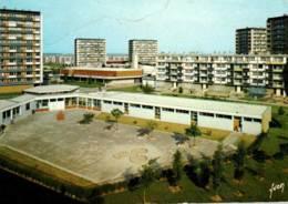 CPM - GONESSE - SQUARE Du NORD - ECOLE MATERNELLE ... (Cité) - Edition Yvon - Gonesse