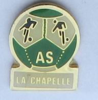 A257 Pin's Foot Football Club La Chapelle Aux Bois Vosges Achat Immédiat - Fussball