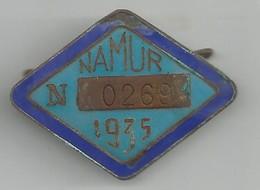 Broche émaillée Namur 1935 - Jetons De Communes