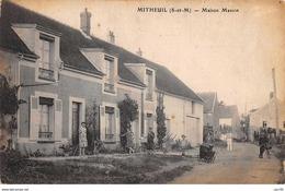 77 . N° 101290  .mitheuil .maison Masson . - Other Municipalities