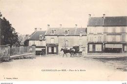 14 . N° 103291 .courseulles Sur Mer .place De La Mairie . - Courseulles-sur-Mer