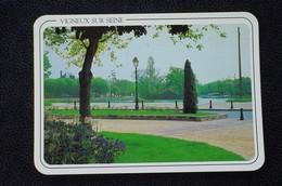 91 - VIGNEUX SUR SEINE - PLACE MAX DORMOY - - Vigneux Sur Seine