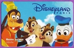 Telecarte °_ Passeport Adulte Disneyland Paris-Dingo, Donald, Tic Et Tac- R/V2 - Disney