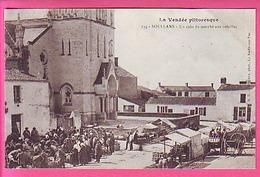 SOULLANS UN COIN DU MARCHE AUX VOLAILLES  BELLE  ANIMATION CP NEUVE - - France