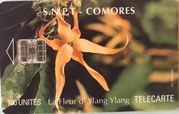 COMORES  -  Chip Card  -  SNPT Des Comores  - Fleur D'Ylang-Ylang -  SC7  - 100 Unités - Comore