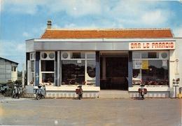 COUERON - Bar Le Paradis - Mobylettes - Solex - Frankrijk