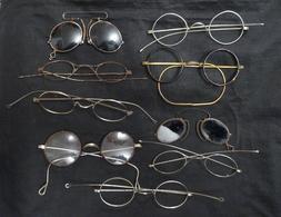 Lot De 9 Paires De  Lunettes Anciennes Et Binocles - Brillen
