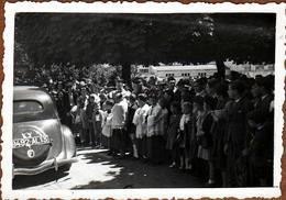 Photo Originale Religieux & Citroën Traction De Dos à Saint-Honoré 76590 En Juillet 1939 Pour La Fête Saint-Christophe - Automobiles
