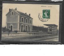 16-REIGNAC-CONDEON-( Baignes)-Une Vue Animée De L'Interieur De La GARE-en 1918 - France