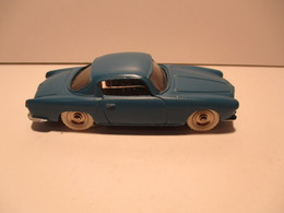 Dinky Toys  Coupé Alfa Romeo - Jouets Anciens