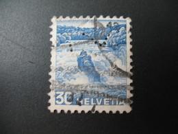 Perforé  Perfin  Suisse  à Voir ;   Perforation   Sigle    à Voir    Ref  H 15 - Perforés