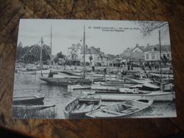 Cpa 44 Suce Coin Port Avant Regates - France