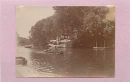 POISSY (yvelines) - Canotage En Bords De Seine, Péniche (photo Vers 1900, Format 10,6cm X 7,8cm). - Lieux