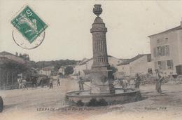 LERRAIN. Place Et Rue Du Paquis - Autres Communes