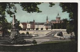BELGIQUE -NAMUR : Le Monument Aux Morts Et La Cathédrale - Namur