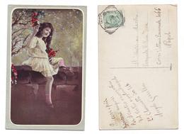 Bambina Con Fiori Su Muretto  8020/42 Viaggiata 1914 Anni '10 Timbro Cusano Mutri - Costumi
