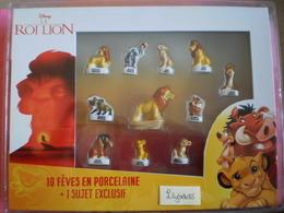 Coffret Collector Série Complète De 10 Feves DISNEY + 1 MEDIUM EXCLUSIVE - LE ROI LION 2020 ( Miniature Figurine Feve ) - Disney