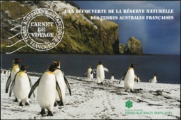 FRENCH ANTARCTIC TERRITORIES TAAF FSAT 2017 Penguins Birds Whales Animals Fauna Prestige Booklet Carnet MNH - Pingueinos