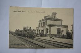 DAMVILLE-la Gare-train Arrete - Andere Gemeenten