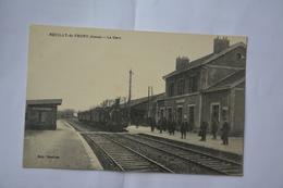 NEUILLY-saint-FRONT-la Gare-train En Gare - Andere Gemeenten