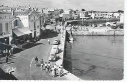 CPSM - VOITURES 4 CV Et Autres à Saint-Martin ILE DE RE - 17 - 1957  - TBE - - Toerisme