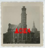 SINT TRUIDEN Grote Markt Stadhuis Seminarie Kerk Duitse Bezetting 1940 Flandern Limburg - Guerre, Militaire
