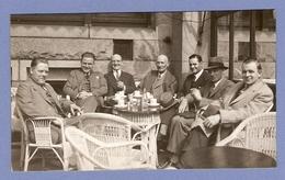 PHOTO ORIGINALE ROTTERDAM 1932 - SCENE De VIE BOURGEOIS BOURGEOISIE APÉRITF COLLATION MODE - Personnes Anonymes