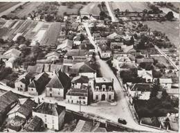 SOULAINES - DHUYS ( Aube ) - Quartier De L'Hôtel De Ville. Vue Aérienne. Carte CPSM Format 10,5 X 15. - Otros Municipios