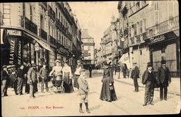 Cp Dijon Côte D'Or, Rue Bossuet, Kinderwagen, Passanten - Francia